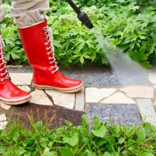 3 Important Reasons To Avoid DIY Pressure Washing